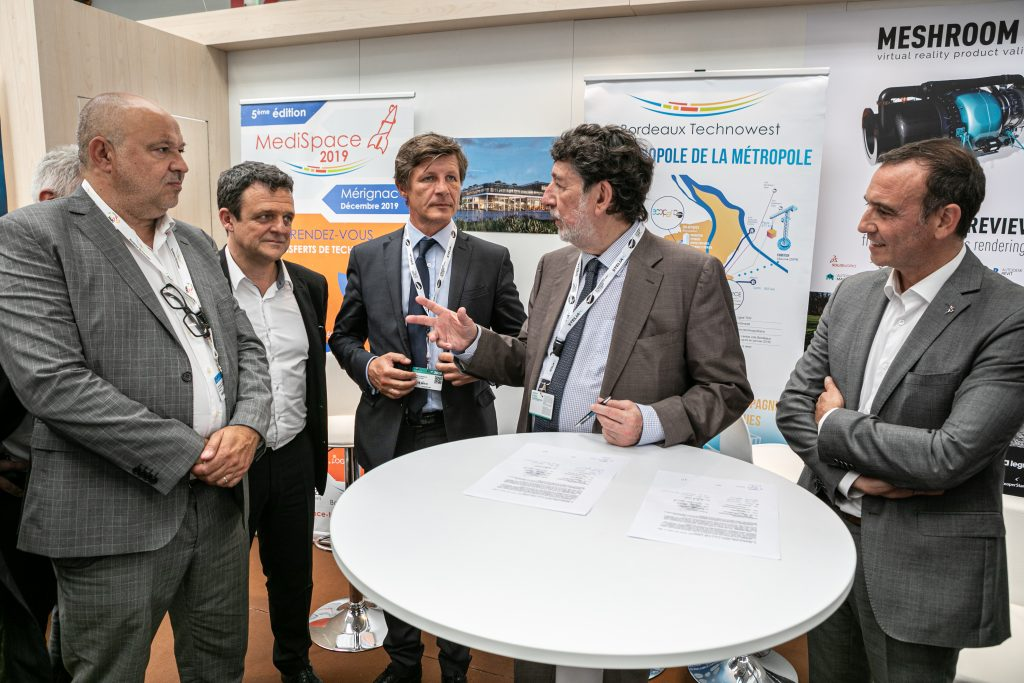 Visiativ accompagne Bordeaux Technowest, un incubateur spécialisé dans l'aéronautique